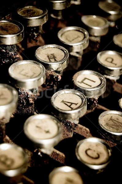 Detalle dorado máquina de escribir claves oficina Foto stock © Massonforstock