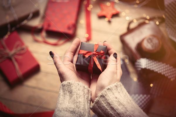 手 ギフト 美人 かわいい 素晴らしい ストックフォト © Massonforstock