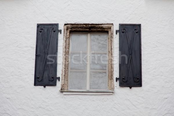 Foto hermosa fresco ventana uno edificios Foto stock © Massonforstock