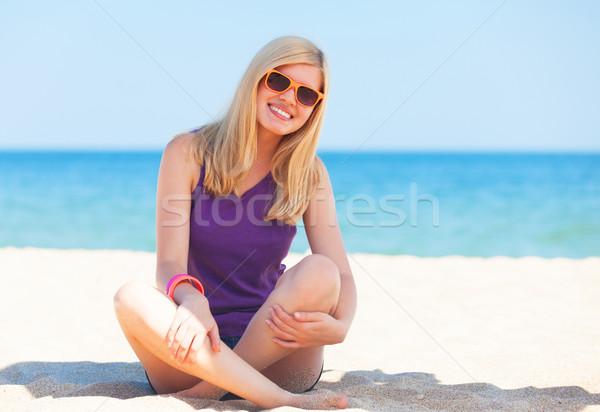 Belo menina praia mar verão Foto stock © Massonforstock