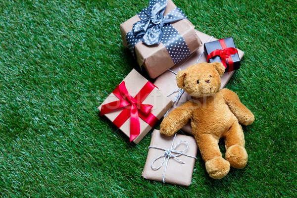 Cadeaux Nounours coloré cute belle vert Photo stock © Massonforstock