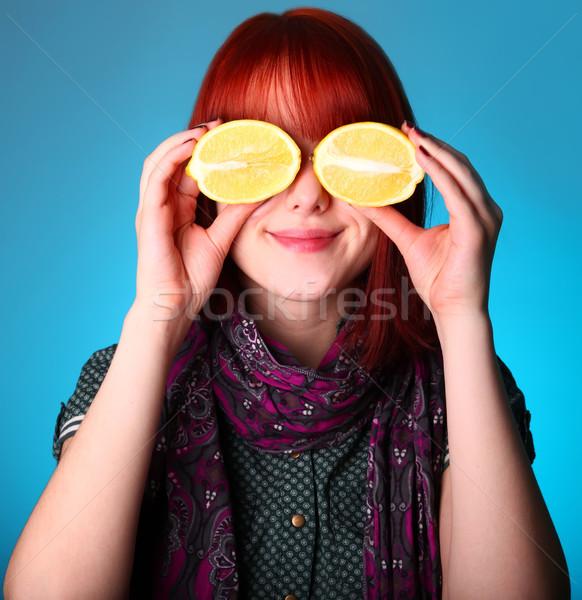 Ragazza limone occhi mani sorriso faccia Foto d'archivio © Massonforstock