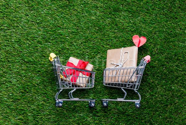 2 スーパーマーケット ギフト ギフトボックス 春 ストックフォト © Massonforstock