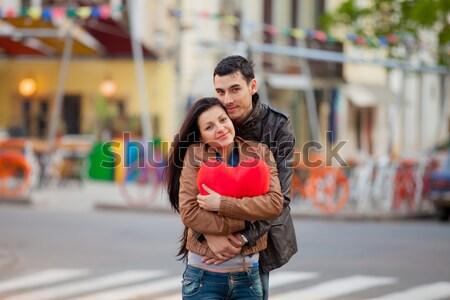 Foto bonitinho casal coração Foto stock © Massonforstock