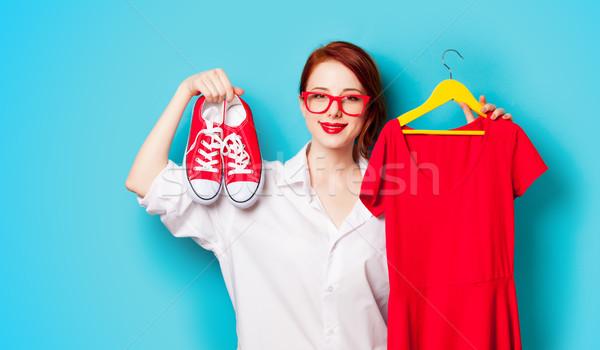Stockfoto: Foto · mooie · jonge · vrouw · shirt · hanger