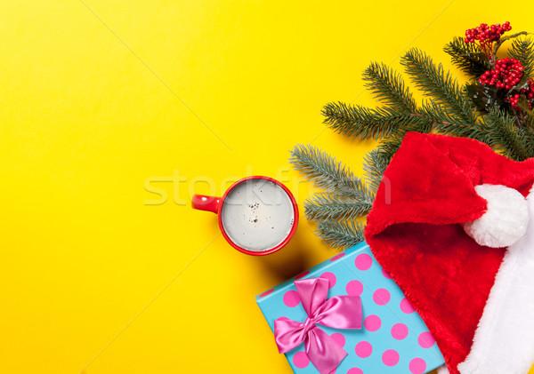 Сток-фото: Кубок · кофе · Рождества · подарки · желтый · красный