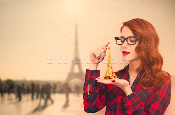 美しい 若い女性 おもちゃ 素晴らしい エッフェル塔 女性 ストックフォト © Massonforstock