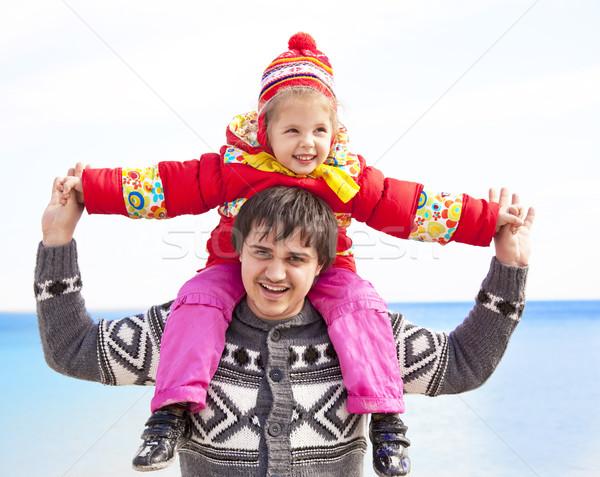 Kardeş kardeş plaj gökyüzü aile yüz Stok fotoğraf © Massonforstock