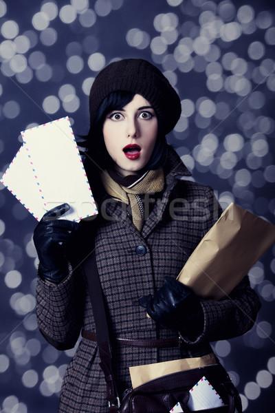 Jungen überrascht Briefträger Mädchen Mail Foto Stock foto © Massonforstock