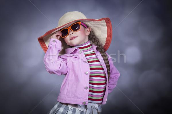 Photo stock: Heureux · été · fille · chapeau · lunettes · de · soleil