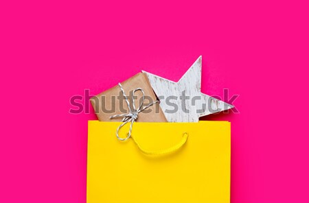 Bonitinho presentes belo Torre Eiffel brinquedo Foto stock © Massonforstock