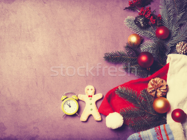 Despertador gingerbread man natal presentes homem fundo Foto stock © Massonforstock