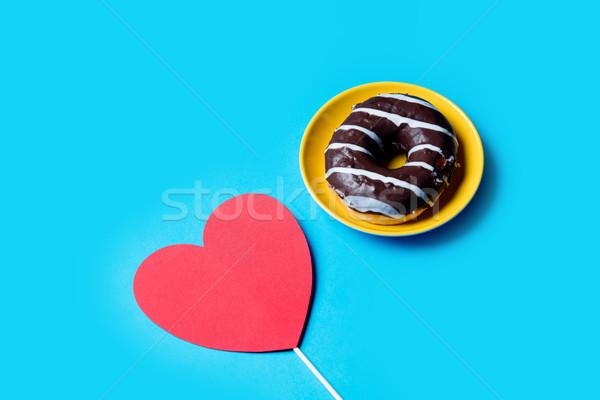 Szív alakú játék ízletes fánk tányér Stock fotó © Massonforstock