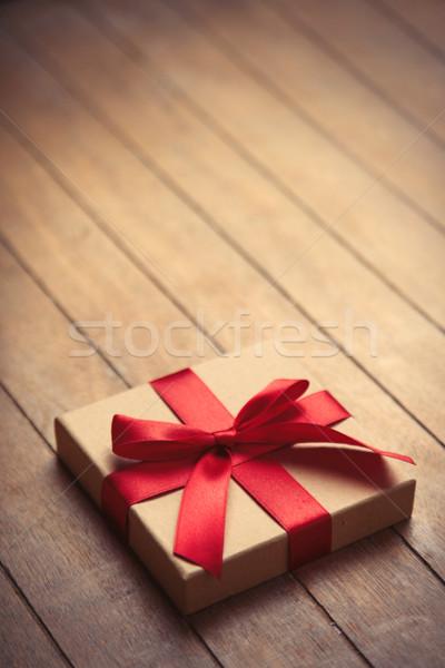Hermosa pequeño regalo maravilloso marrón Foto stock © Massonforstock