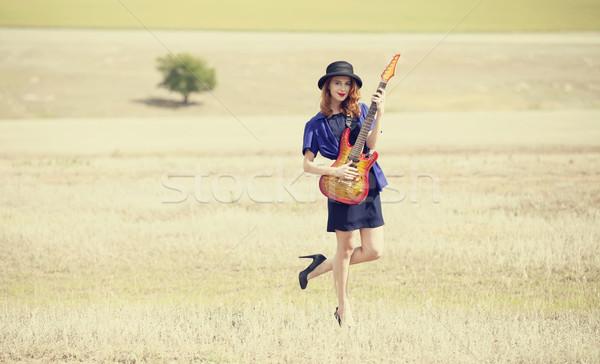 Stijl meisje gitaar outdoor muziek Stockfoto © Massonforstock