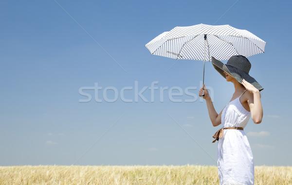 Stok fotoğraf: Kız · bahar · alan · şemsiye · bulutlar