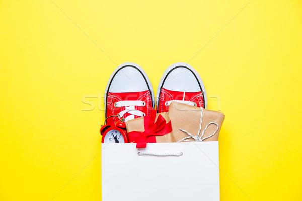 Büyük kırmızı güzel hediyeler çalar saat serin Stok fotoğraf © Massonforstock