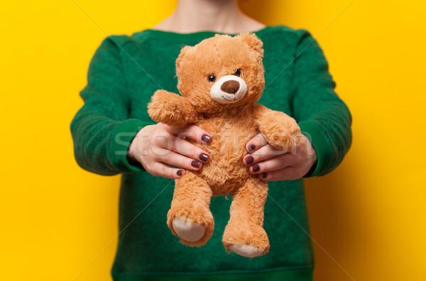 Vrouw teddybeer speelgoed Geel liefde Stockfoto © Massonforstock