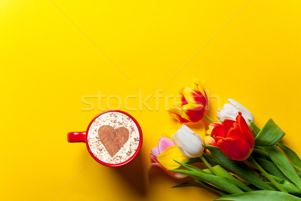 Bouquet tulipes cappuccino belle jaune fleur Photo stock © Massonforstock