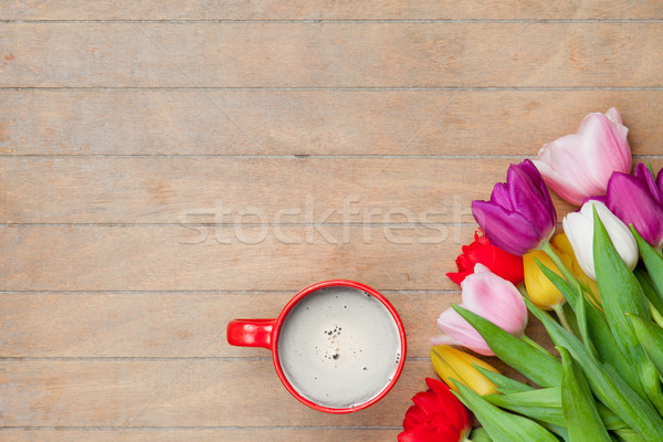 Photo tasse café coloré tulipes merveilleux Photo stock © Massonforstock