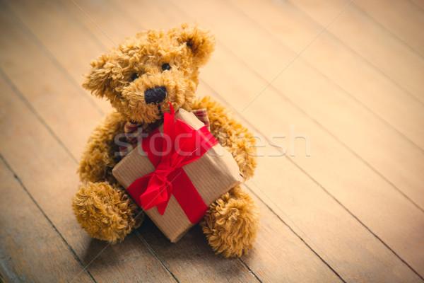 Cute Nounours belle faible cadeau Photo stock © Massonforstock