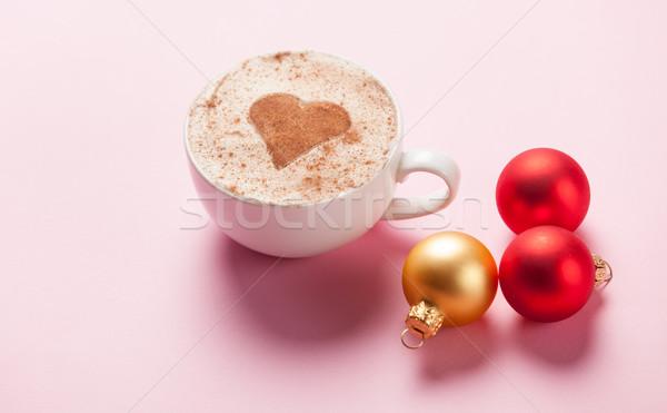 Copo natal brinquedos café forma de coração rosa Foto stock © Massonforstock
