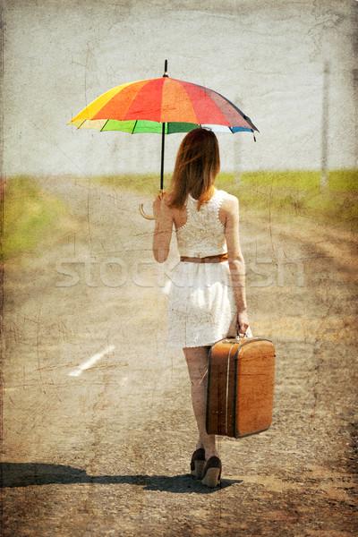 Сток-фото: одиноко · девушки · чемодан · фото · старые