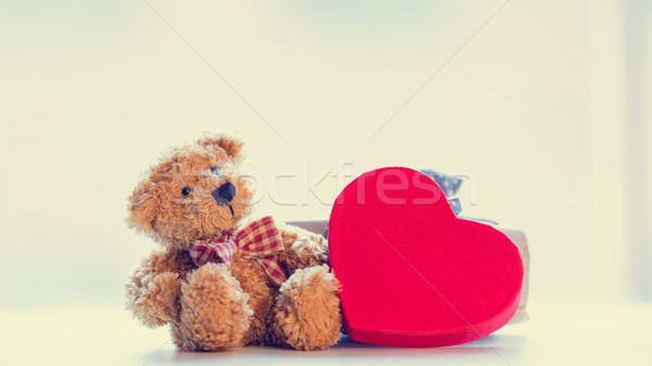 Sevimli oyuncak ayı mavi hediye güzel kalp Stok fotoğraf © Massonforstock