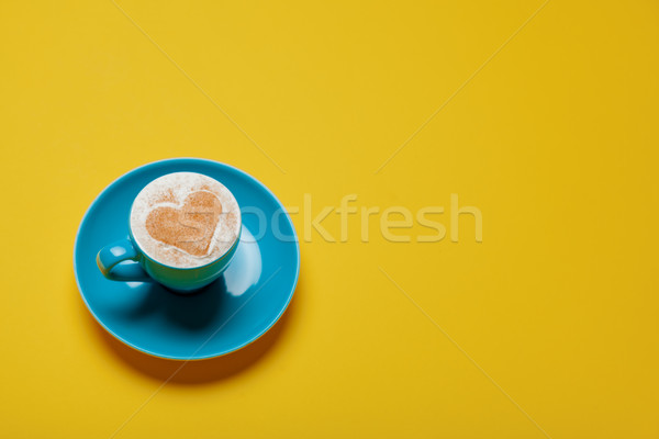 Photo tasse café merveilleux jaune verre Photo stock © Massonforstock