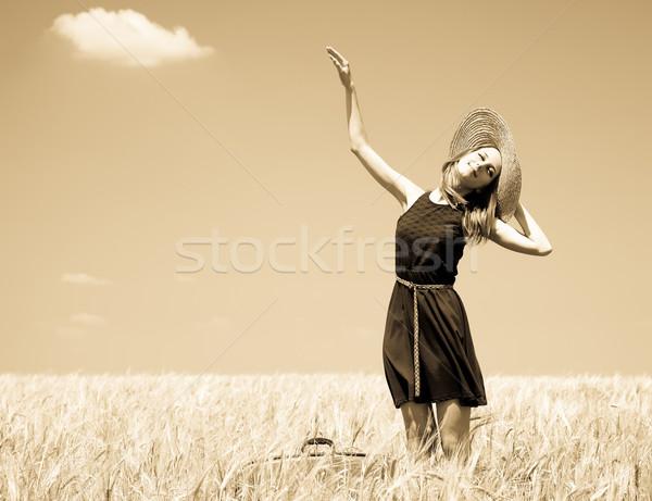 Lány tavasz búzamező fotó öreg citromsárga Stock fotó © Massonforstock