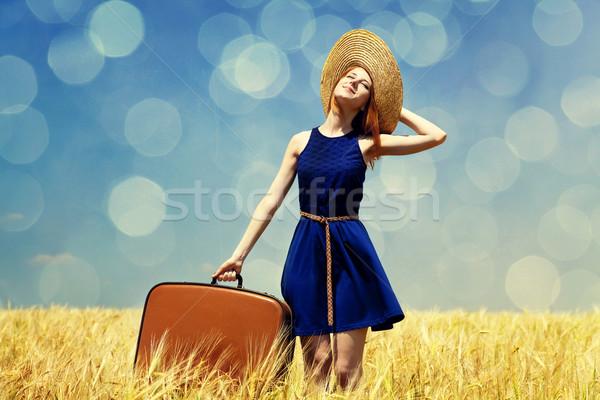 Stok fotoğraf: Kız · bavul · bahar · fotoğraf