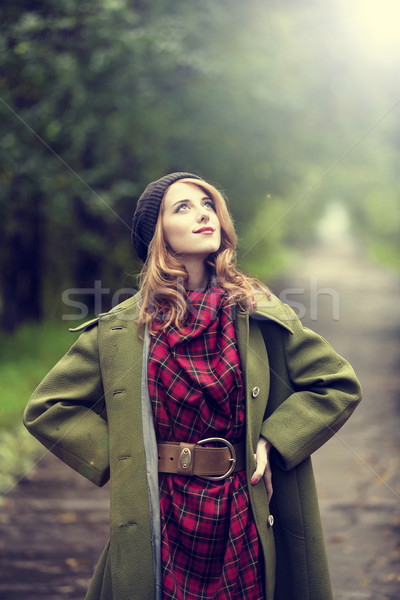 Estilo menina belo outono beco Foto stock © Massonforstock