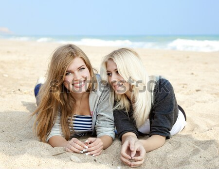 Dois praia menina mulheres Foto stock © Massonforstock