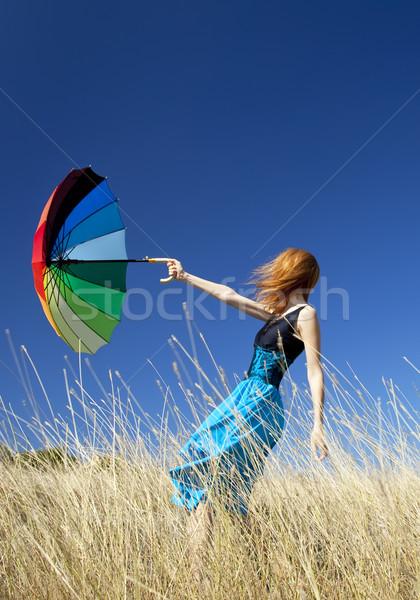 Stockfoto: Meisje · paraplu · outdoor · gras · vrouwen