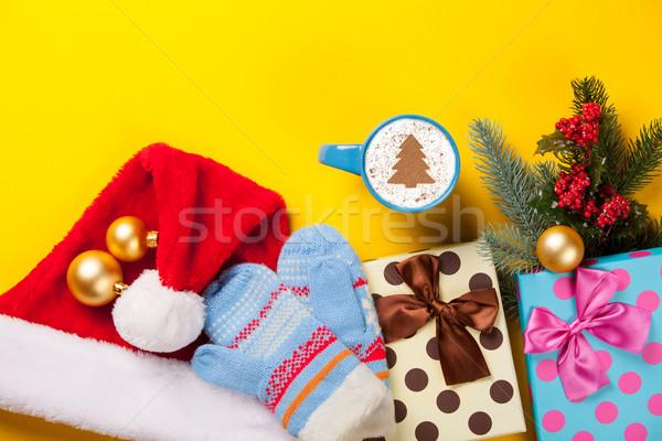 Cappuccino cadeaux tasse arbre de noël forme jaune Photo stock © Massonforstock