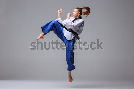 Karatê menina preto cinto branco quimono Foto stock © master1305