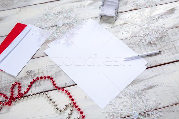 Foto stock: Hoja · papel · mesa · de · madera · pluma · Navidad · decoraciones