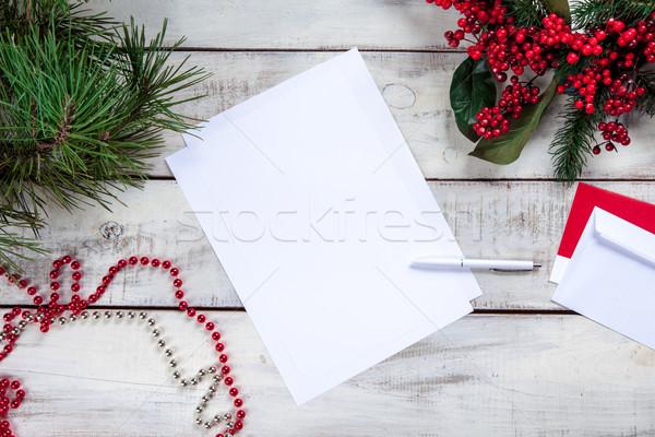 Foto stock: Folha · papel · mesa · de · madeira · caneta · natal · decorações