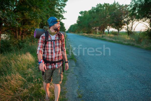 Genç kafkas turist yol sırt çantası gün batımı Stok fotoğraf © master1305