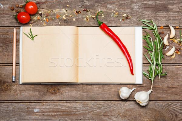 Open ricetta libro rosolare legno aglio Foto d'archivio © master1305