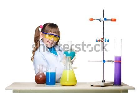 Pequeño nino químico experimento químicos fluido Foto stock © master1305