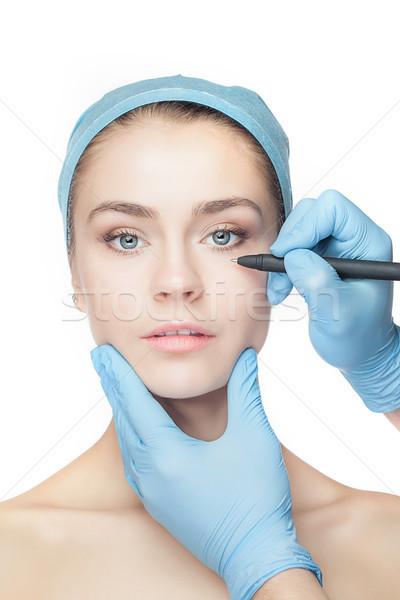 Gyönyörű fiatal nő plasztikai sebészet operáció megérint női arc Stock fotó © master1305