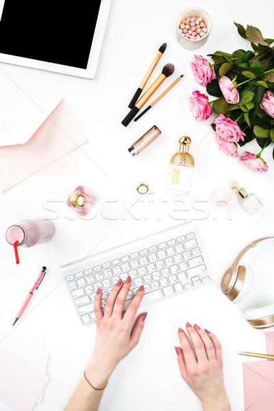 Feminino mãos teclado moda mulher objetos Foto stock © master1305