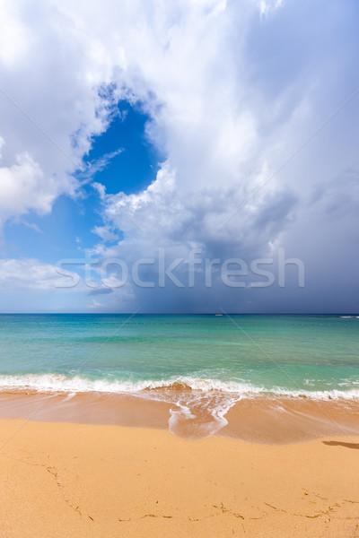 пляж Тропический остров синий воды песок облака Сток-фото © master1305