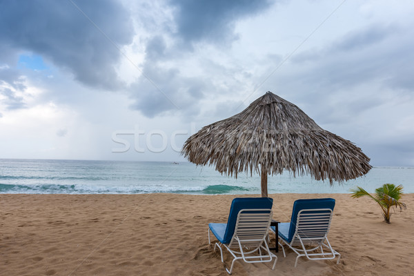 Transat parapluie plage tropicale belle plage ciel Photo stock © master1305