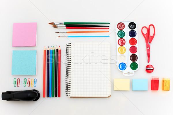Iskola szett jegyzetfüzetek ceruzák ecset olló Stock fotó © master1305