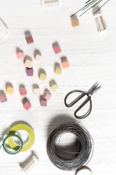Foto stock: Florista · escritorio · de · trabajo · herramientas · blanco