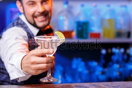 Barman werk cocktails dienst dranken glas Stockfoto © master1305
