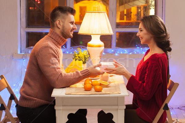 Retrato romântico casal dia dos namorados jantar dom Foto stock © master1305