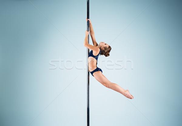 сильный изящный акробатический спортивных Сток-фото © master1305